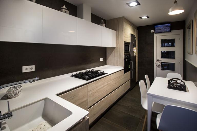 Reforma y diseño de cocina en Estany, realizado por Dromstudio