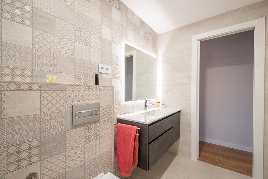 Diseño de interior para baño en Avenida Canal, realizado por Dromstudio