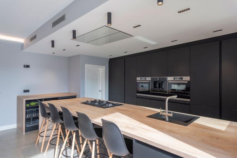 Reforma y diseño de cocina en Eusebi Soler, realizado por Dromstudio